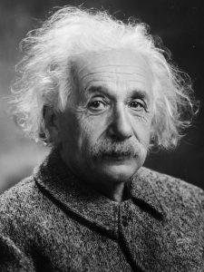 ¿Tenía razón Einstein acerca de la gravedad fuerte? Usando ondas gravitacionales de la fusión de dos agujeros negros para testear la Relatividad General